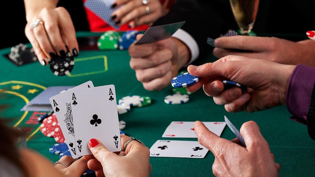 Разнообразие карточных игр в онлайн казино Слотор